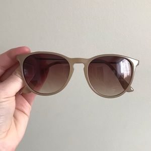 Ombré Tinted Keyhole Sunglasses in Nude